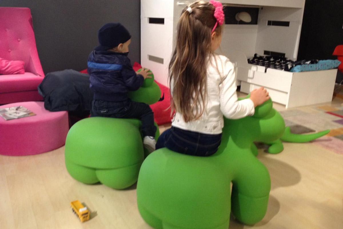 Детское кресло Pony от Eero Aarnio для Adelta